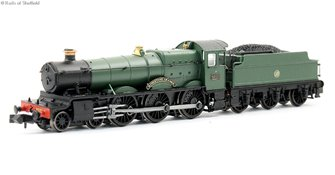 "Class 6800 4-6-0 6820 ""Kingstone Grange"" in GWR green with shirtbutton emblem. DCC Fitted"