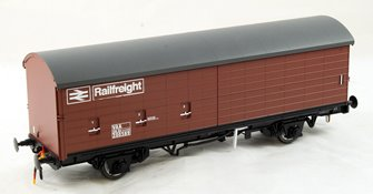 Railfreight VAA Box Van Early Bauxite