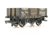Hornby 4 Plank Wagon 'Hingley & Sons Ltd'