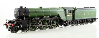 LNER Green 4-6-2 'Book Law' A3 Class Locomotive 2599