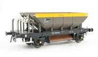 Dogfish Ballast Hopper Wagon DB993116 in 'Dutch' grey/yellow