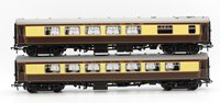 OO Pair of Umber & Cream Pullman Car Coaches (with interior lighting)