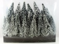 Bachmann OO/HO Pack of 24 Assorted Snow Pine Trees