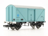 Hornby BR Blue Spot Fish Van - Blue Livery