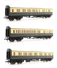 Rake of 3 'The Bristolian' GWR Chocolate/Cream Collett Coaches