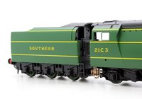 SR 4-6-2 'Royal Mail' '21C3' Merchant Navy Class (Un-Rebuilt) Locomotive