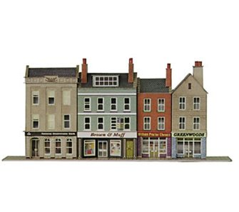 Low-relief High Street Bank & Shops Building Kit