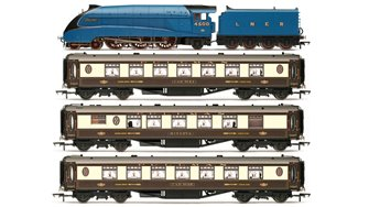 LNER Queen of Scots Train Pack - Limited Edition *2016 Range*